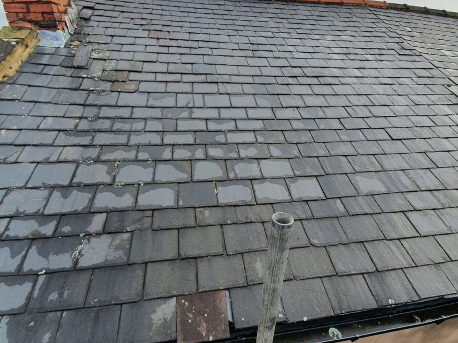 Pitched Roof Refurbishment->title Before