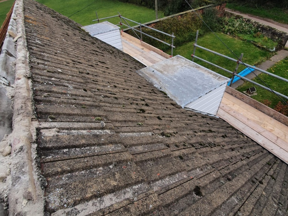 Full Roof Refurbishment->title Before