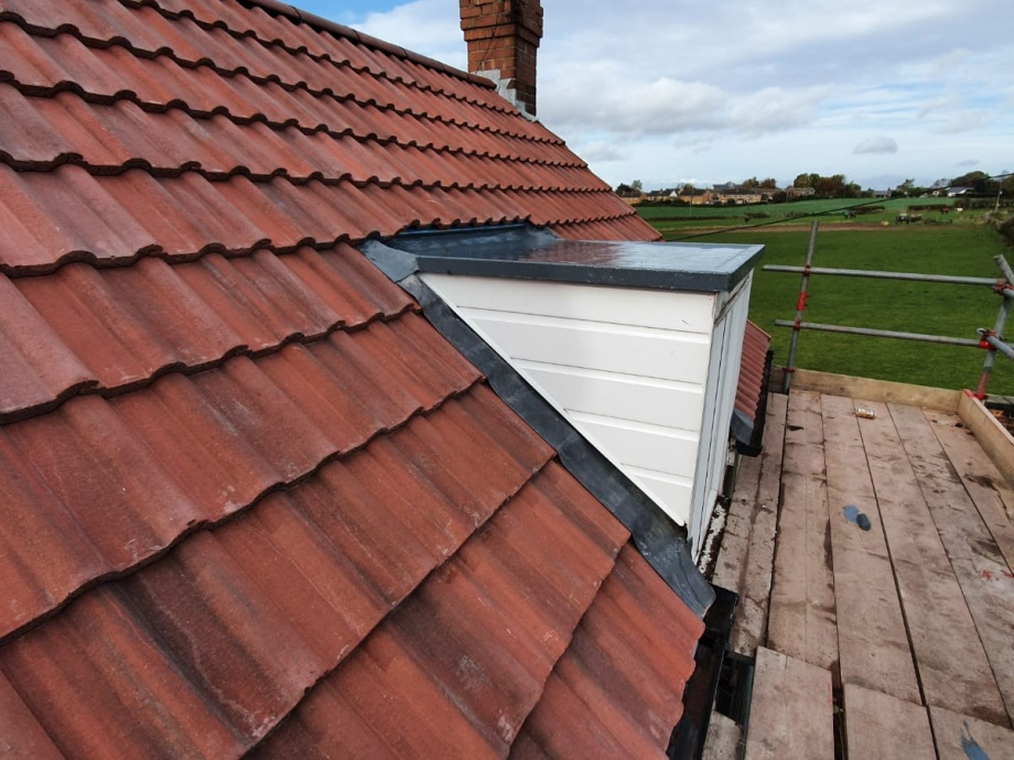 Full Roof Refurbishment->title After